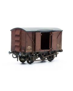 Dapol C041 Meat Van Wagon Kit OO Scale