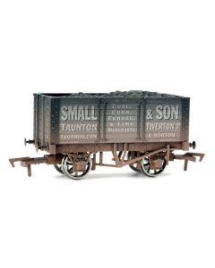Dapol 4F-072-004 7 Plank Wagon (Internal Bracing) Small & Son Weathered