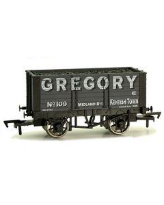 Dapol 4F-072-009 7 Plank Wagon 9' Wheelbase Gregory