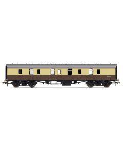 Hornby R4626 RailRoad BR Mk1 Parcels Coach BR Chocolate & Cream